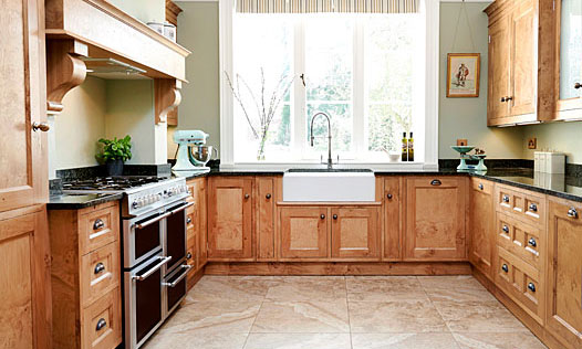 The Pantiles | A bespoke, handmade, oak cluster veneered, traditional shaker kitchen, designed and installed by Mounts Hill. (Taylor made, bespoke kitchens, fitted in Kent, Sussex & Greater London).
